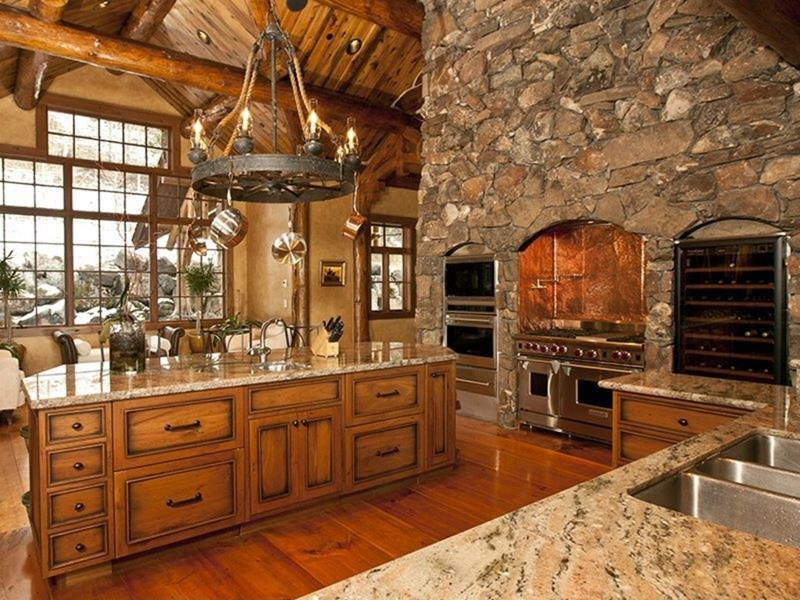 24 Kitchens with Jaw Dropping Cathedral Ceilings-2