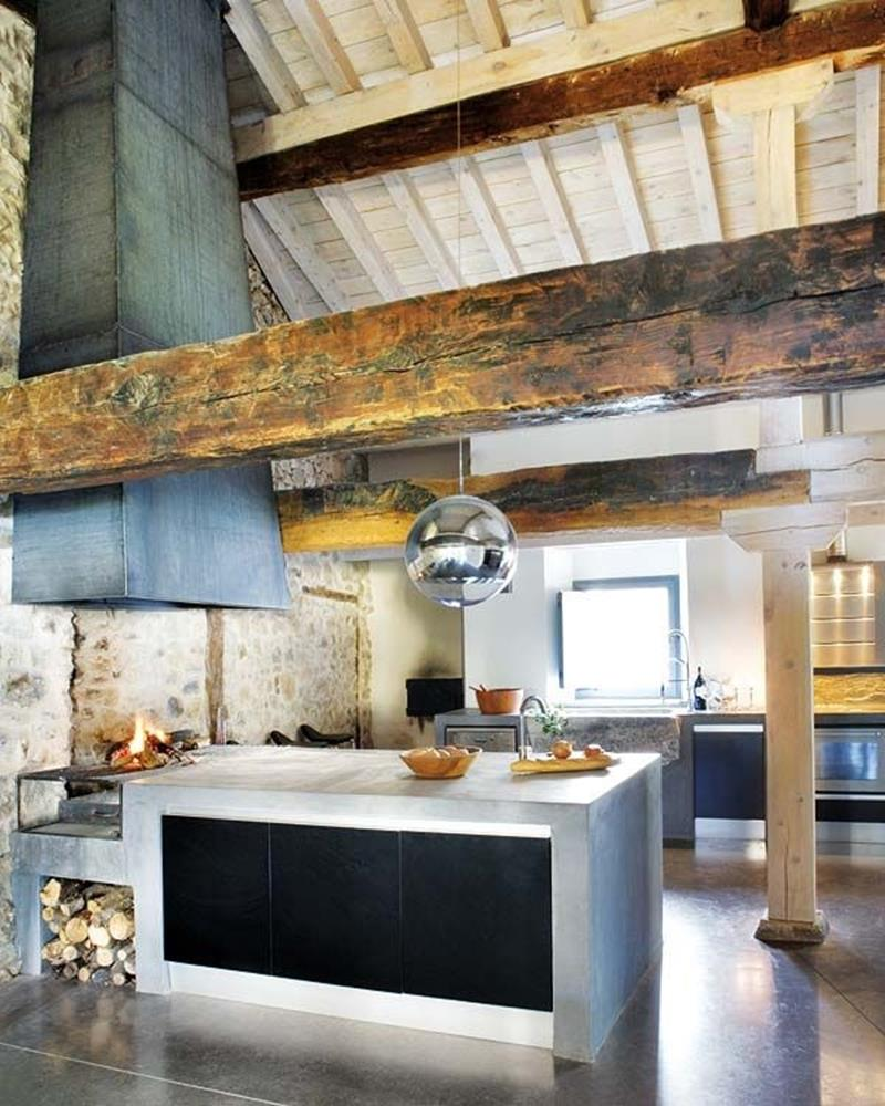 24 Kitchens with Jaw Dropping Cathedral Ceilings-9