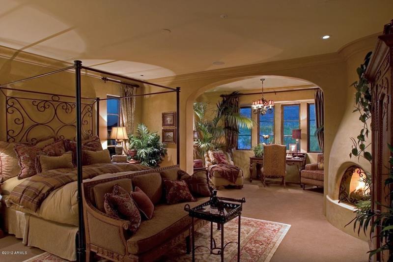 25 Brown Master Bedroom Designs-12
