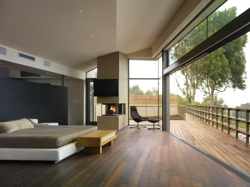 25 Master Bedrooms with a View-13