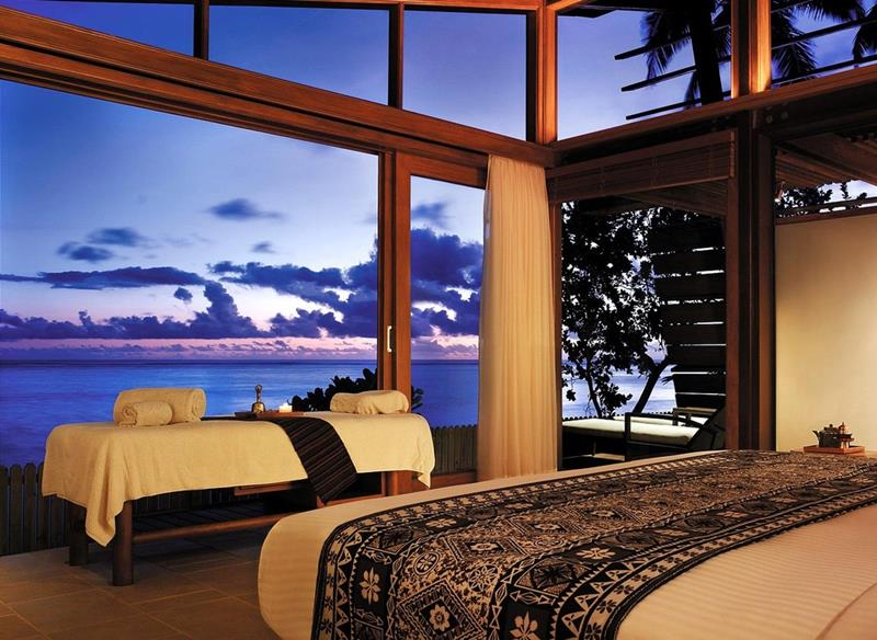 25 Master Bedrooms with a View-16