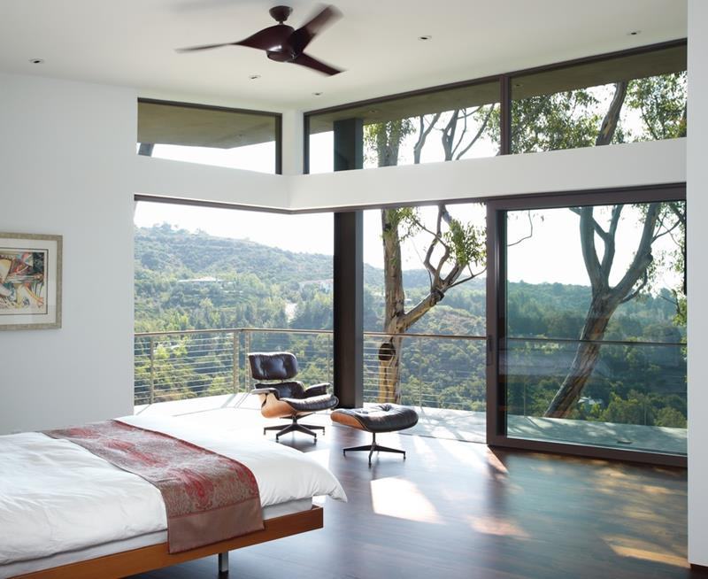 25 Master Bedrooms with a View-20