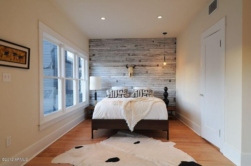 25 Beautiful Bedrooms with Accent Walls-13