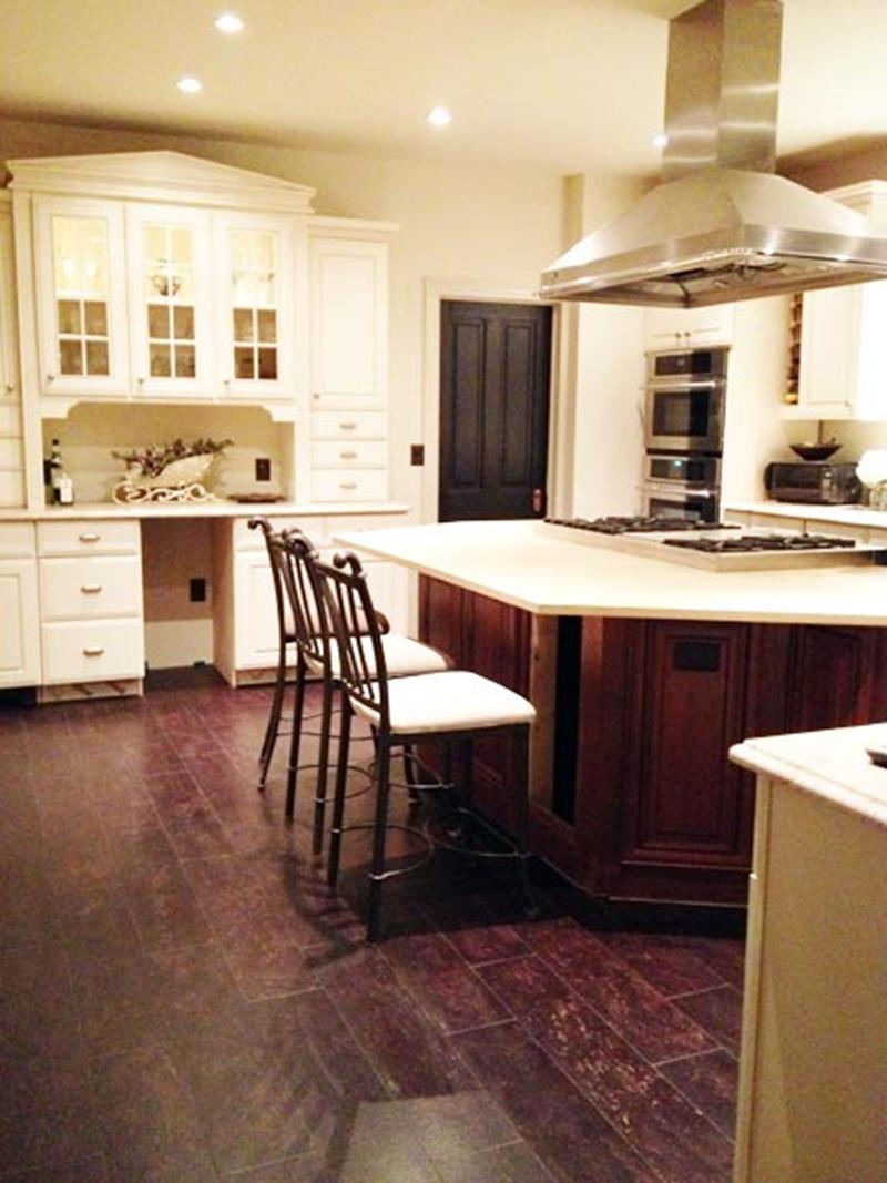 BEFORE AND AFTER 12 Kitchen Remodeling Projects-11b