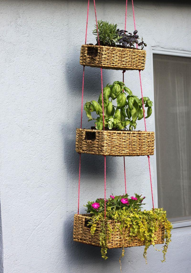 19 Inspirational Ideas for Recycled Hanging Baskets-3