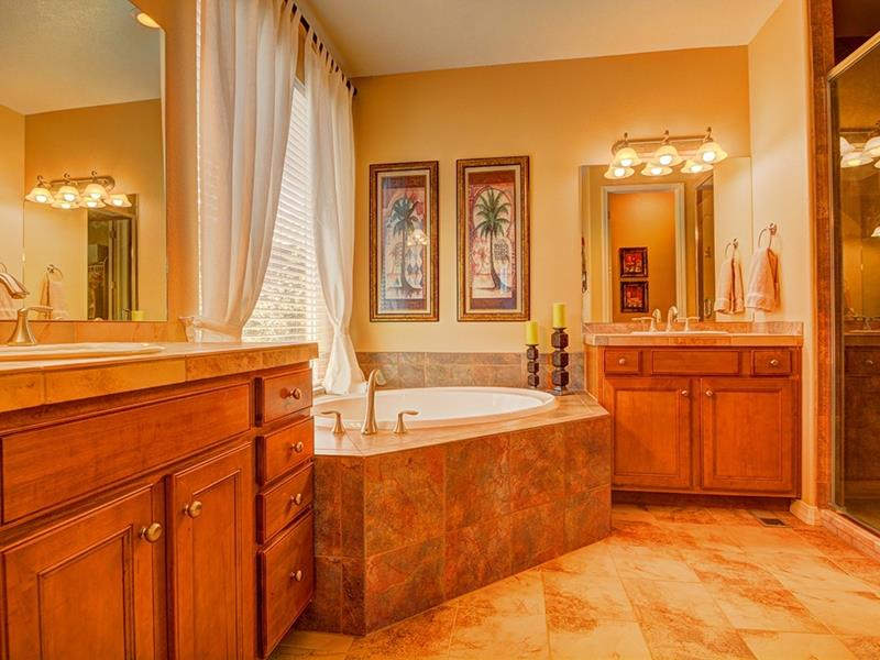 23 Amazing Ideas For Bathroom Color Schemes-11