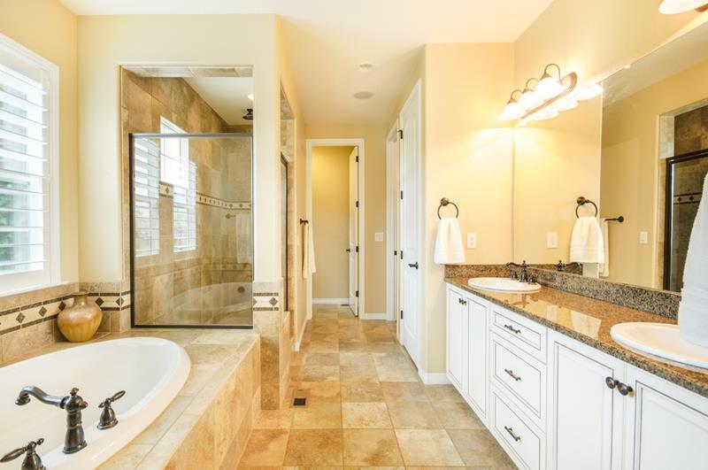 23 Amazing Ideas For Bathroom Color Schemes-2