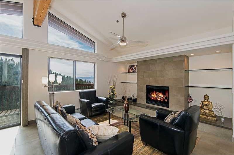 25 Gorgeous Living Room Ceiling Design Ideas-21