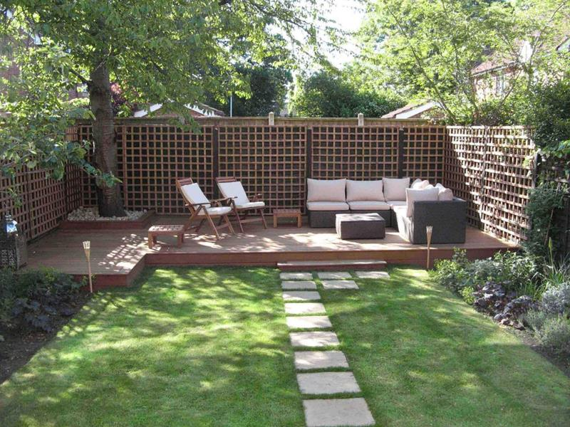 19 Backyards with Amazing Landscaping-10