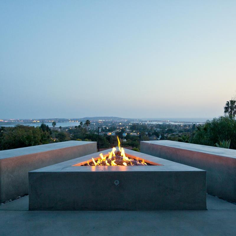 23 Backyard Fire Pit Designs-22