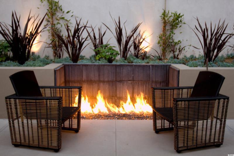 23 Backyard Fire Pit Designs-3