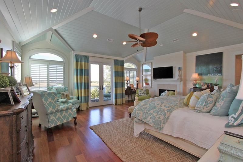 23 Professionally Designed Master Bedrooms-6