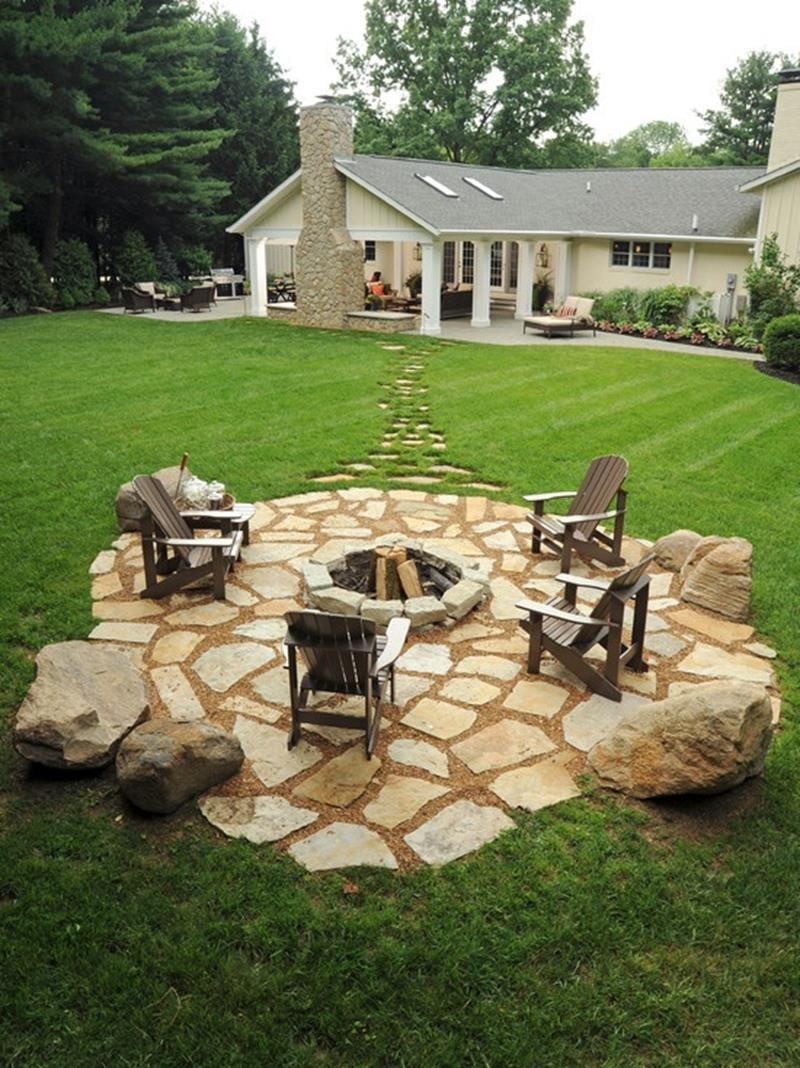 24 Backyard Fire Pits Perfect for Summer-17