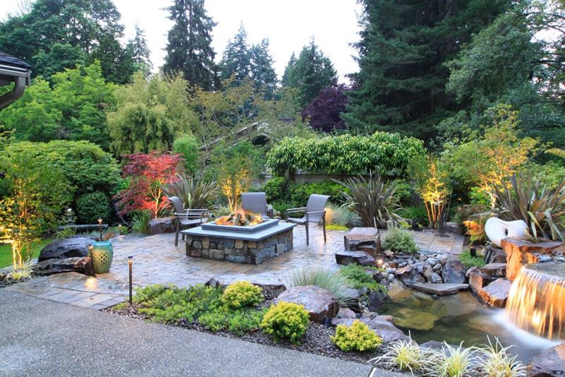 24 Backyard Fire Pits Perfect for Summer-23