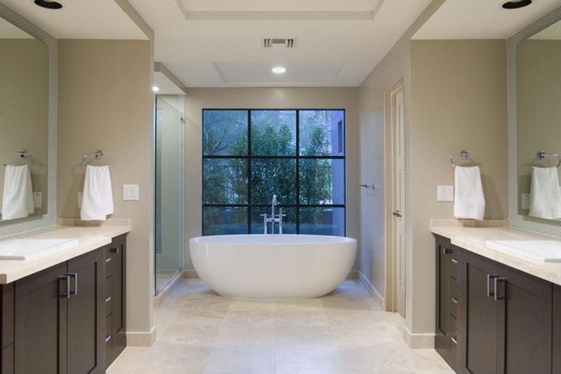 24 Beautiful Ideas for Master Bathroom Windows-20