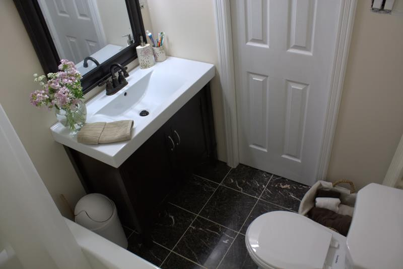 24 Pictures of Before and After Bathrooms with Cost-8a