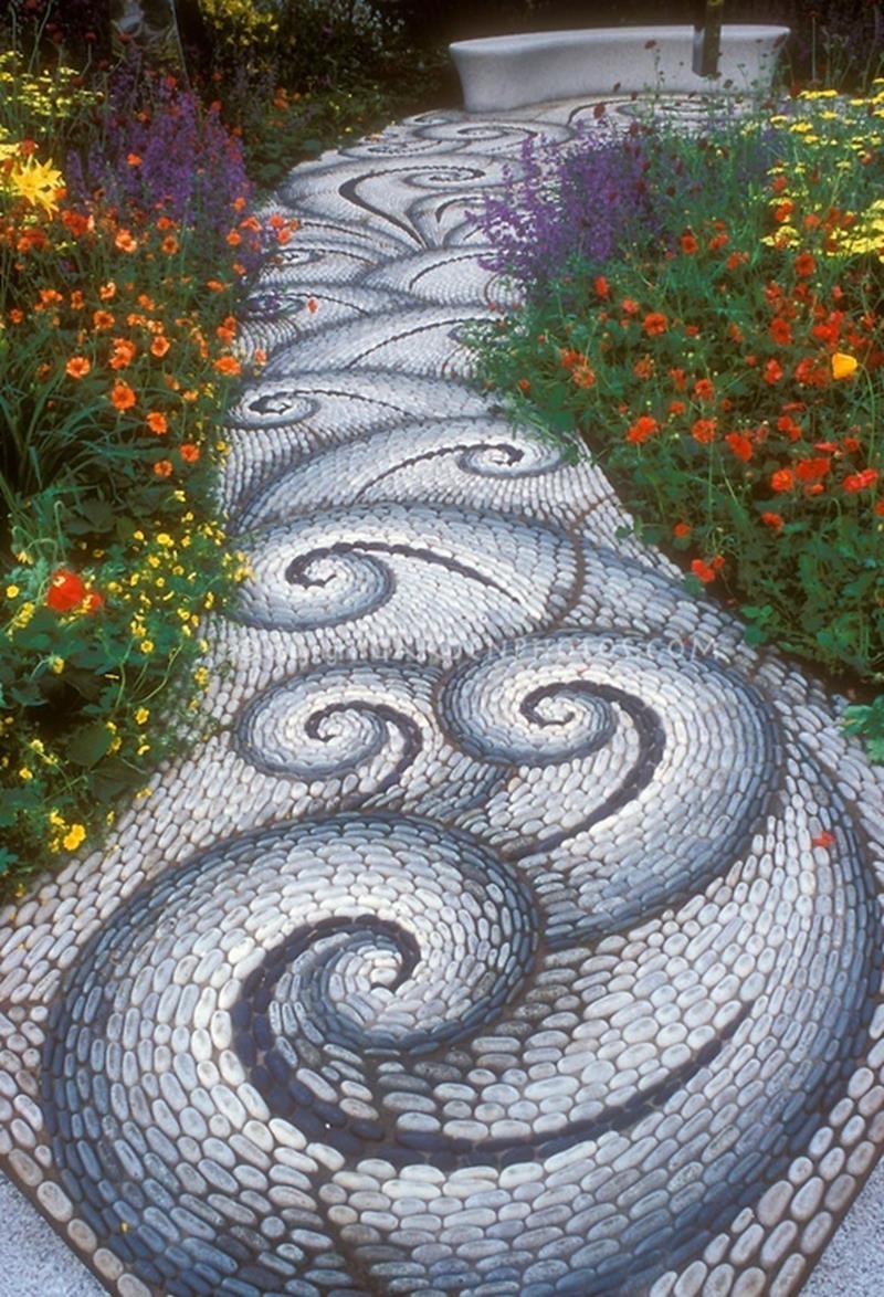 25 Beautiful Ideas for Garden Paths-2