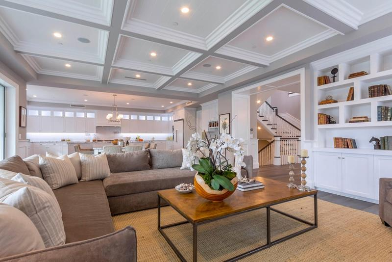 25 Professionally Designed Living Rooms-11