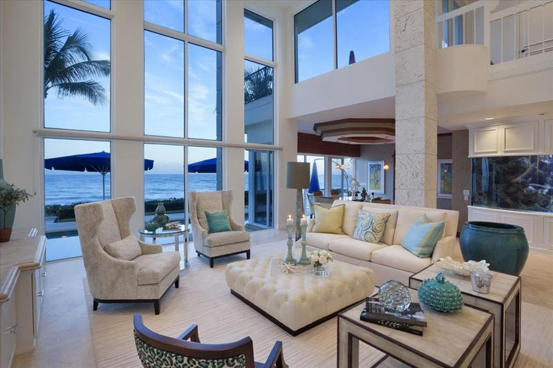 25 Professionally Designed Living Rooms-16
