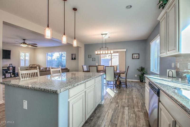 44 Kitchen Designs and Ideas-29