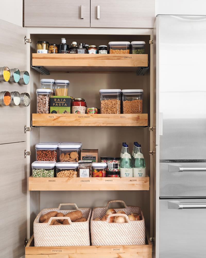 image named 15 Amazing Chefs Pantry Design Ideas 3
