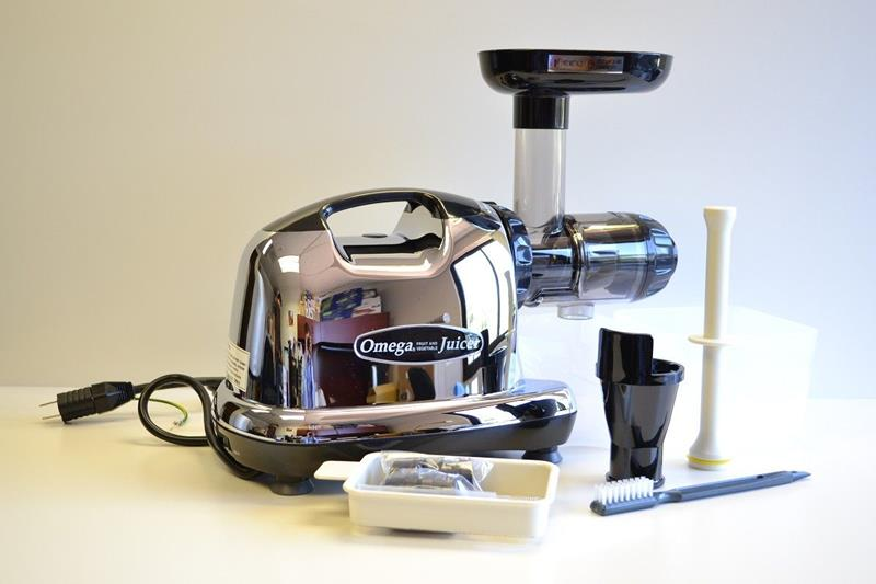 the-best-masticating-juicer-6b