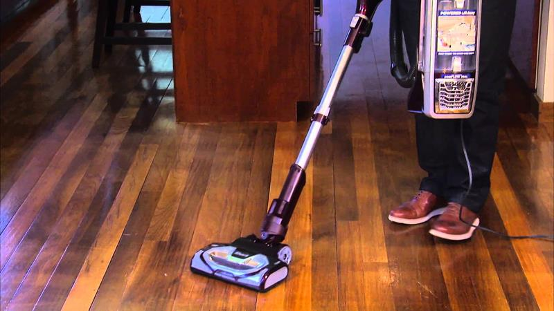 the-best-vacuum-for-hardwood-floors-7b