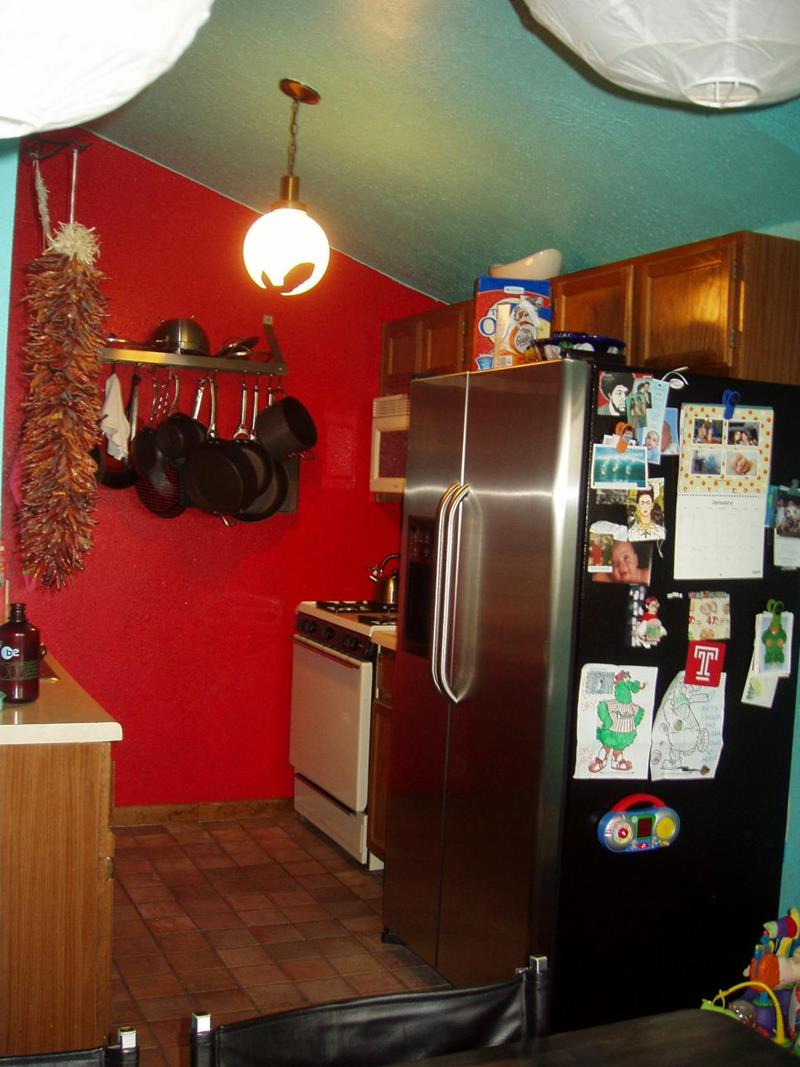 image named 14 Stunning Kitchen Before and After Pictures 1