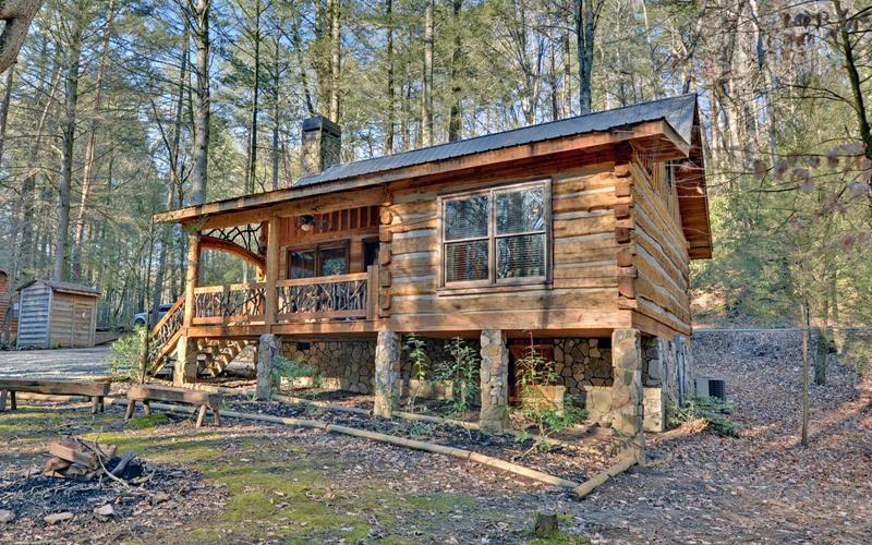 image named 15 Beautiful Cabins 1