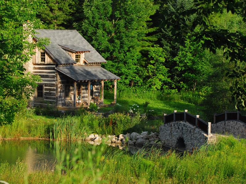image named 15 Beautiful Cabins 5