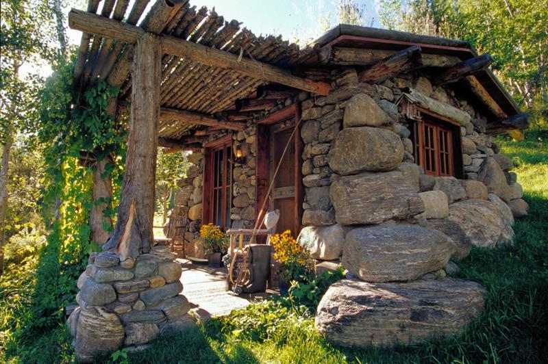 image named 15 Beautiful Cabins 8