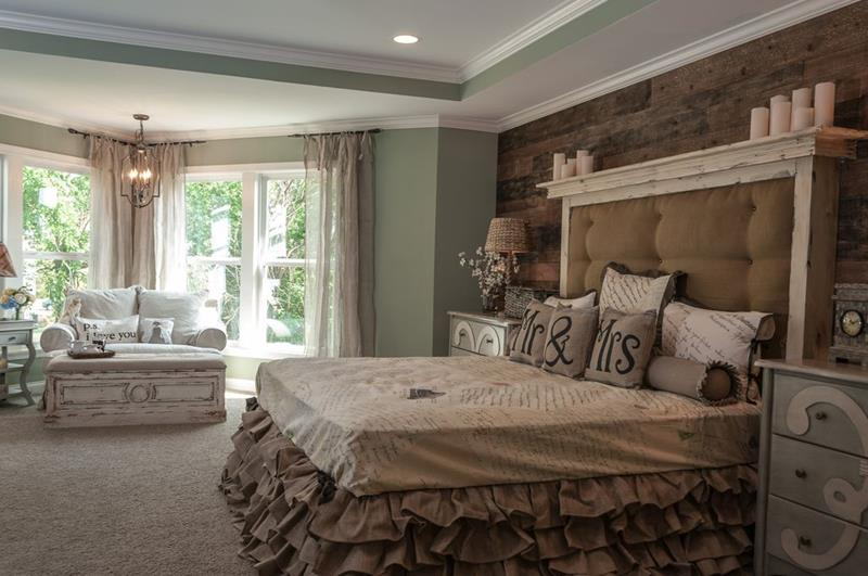 image named 15 Eye Catching Master Bedroom Accent Walls 13