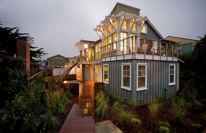 image named 15 Gorgeous Home Exteriors 2