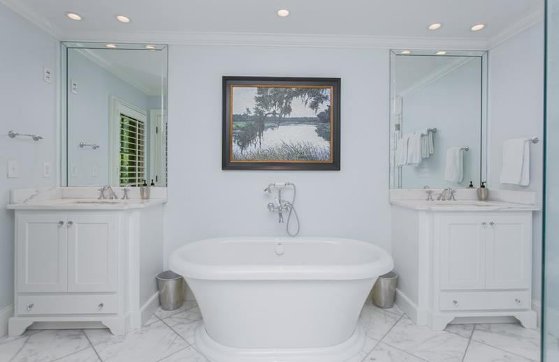 image named 15 Master Bathrooms with Dual Vanities 1