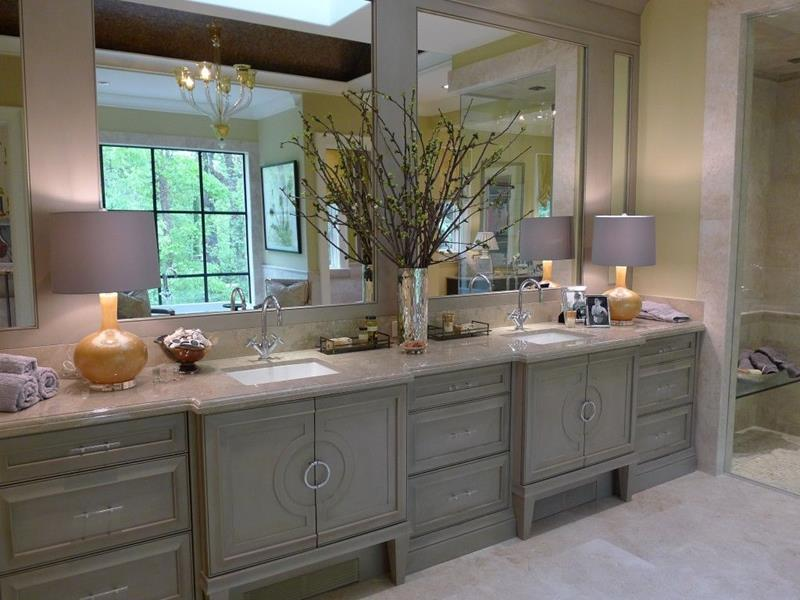 image named 15 Master Bathrooms with Dual Vanities 14