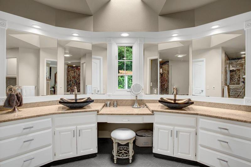 image named 15 Master Bathrooms with Dual Vanities title