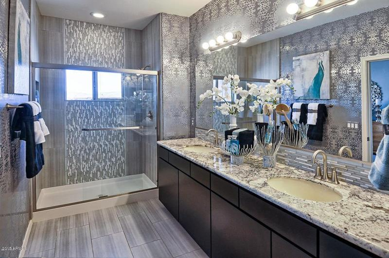 image named 15 Stunning Master Bathrooms with Walk In Showers 12