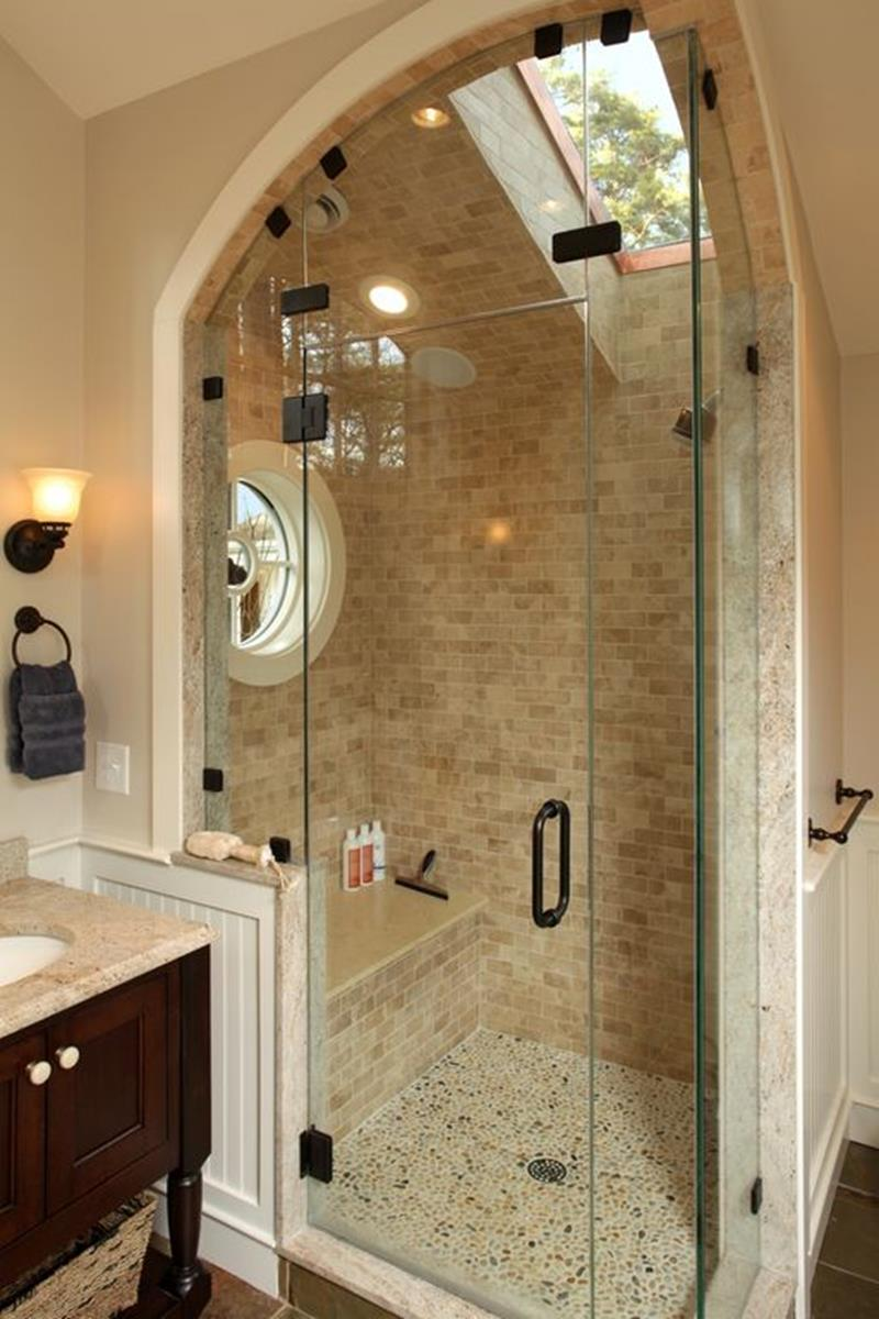 image named 15 Stunning Master Bathrooms with Walk In Showers 3