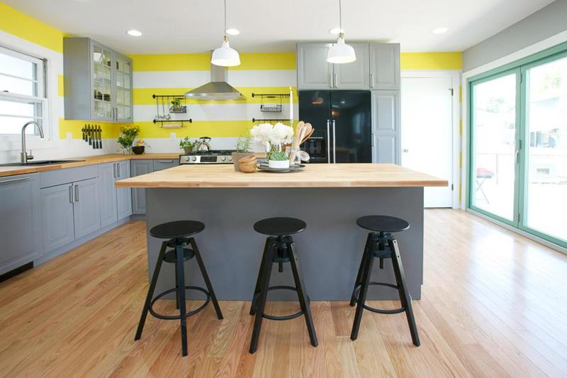 image named 7 Before and After Kitchens 12