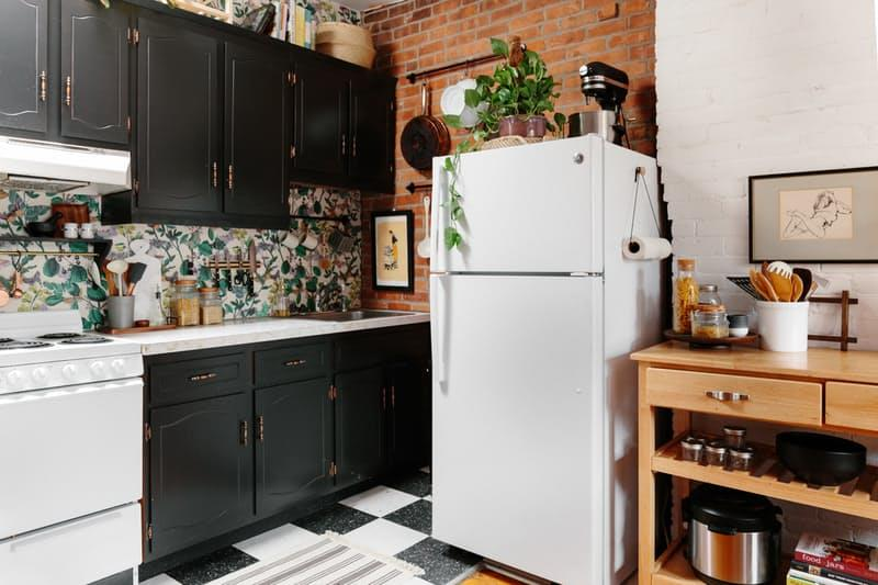 image named 10 Pictures of a 300 Rental Kitchen Transformation 2