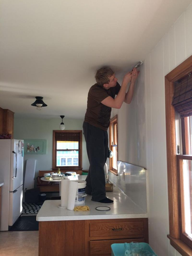 image named 15 Pictures of an Amazing 200 Kitchen Remodel 3