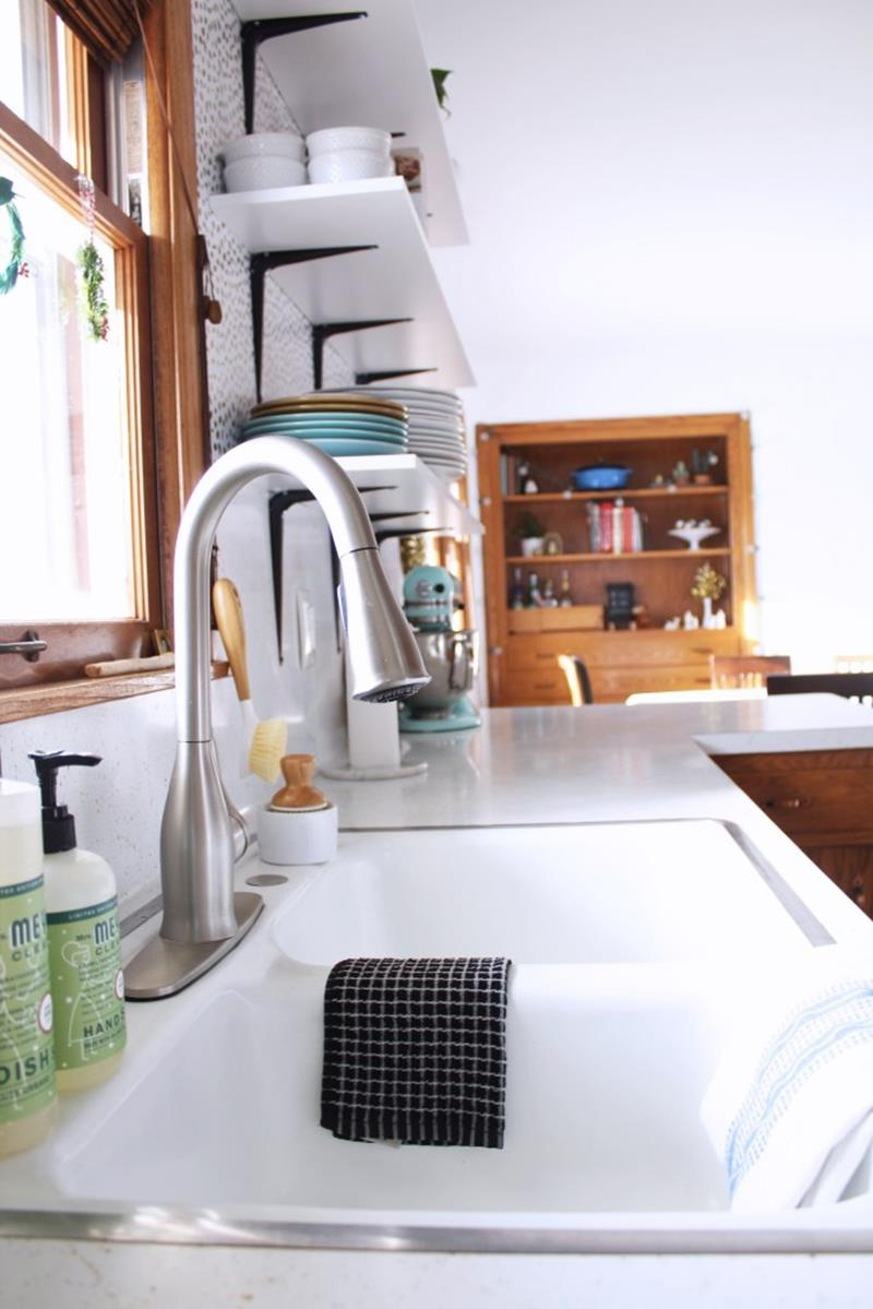 image named 15 Pictures of an Amazing 200 Kitchen Remodel 9
