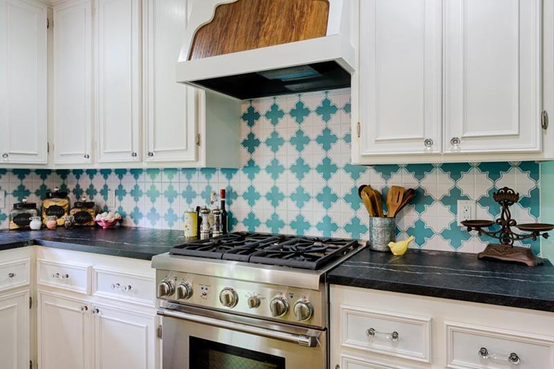 image named 20 Incredible Ideas for Kitchen Backsplashes 2
