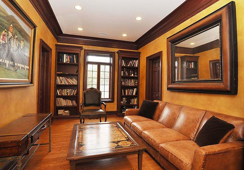 image named 20 Jaw Dropping Family Room Designs 10