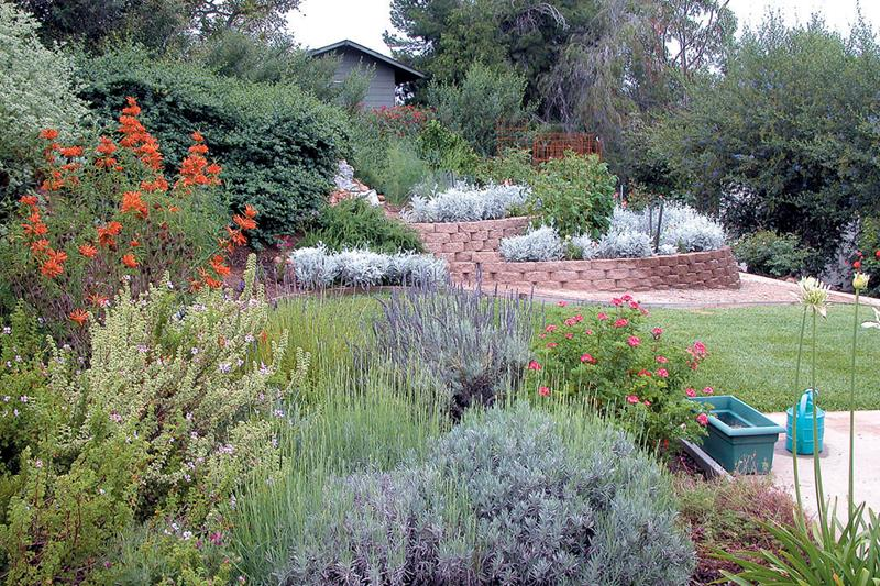 image named 20 Landscaping Trends for 2017 3