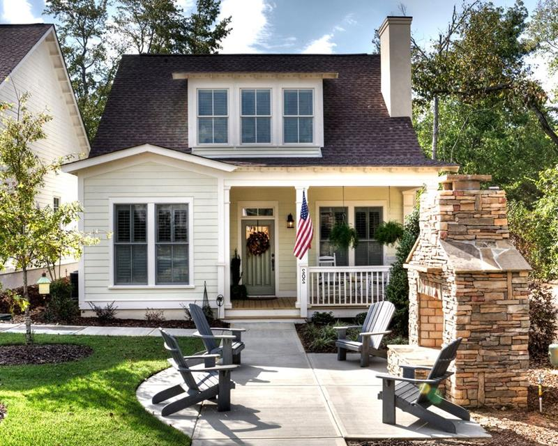 image named 20 Stunning Traditional Exterior Design Ideas 5
