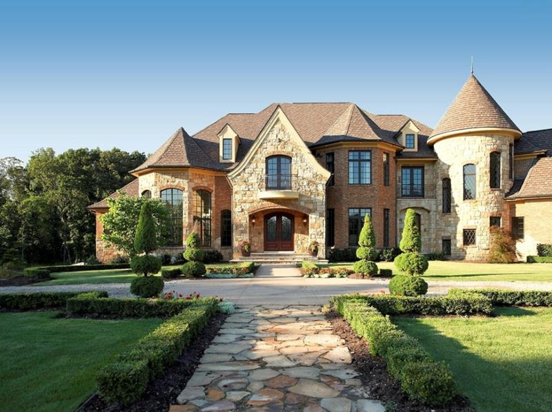 image named 20 Stunning Traditional Exterior Design Ideas title