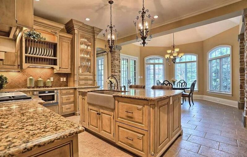 image named 20 Beautiful Traditional Kitchen Designs 11 e1595199218204