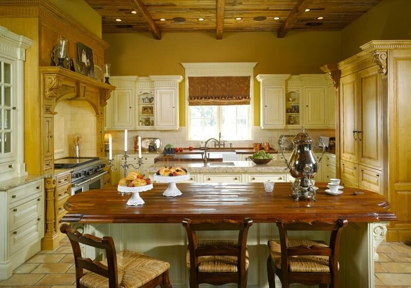 image named 20 Beautiful Traditional Kitchen Designs 5 e1595199179758