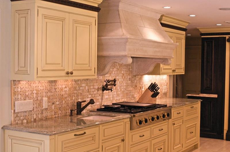 image named 20 Beautiful Traditional Kitchen Designs 7